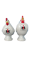 CASE/IH WHITE ROOSTER AND HEN SALT & PEPPER SET